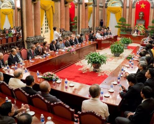 608#3ベトナム首相府の謁見会場_R
